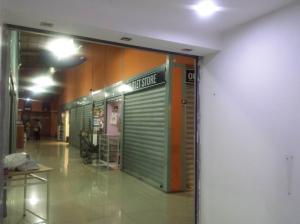 Local Comercial En Venta En Maracay - Avenida Bolivar Código FLEX: 19-7530 No.4