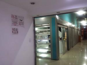 Local Comercial En Venta En Maracay - Avenida Bolivar Código FLEX: 19-7530 No.6