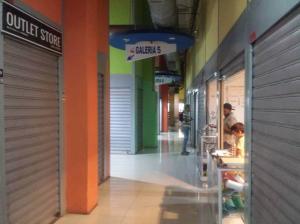 Local Comercial En Venta En Maracay - Avenida Bolivar Código FLEX: 19-7530 No.10