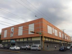 Local Comercial En Venta En Maracay - Avenida Bolivar Código FLEX: 19-7530 No.14