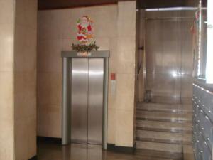 Apartamento En Venta En Caracas - Los Palos Grandes Código FLEX: 19-7564 No.3
