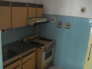 Apartamento En Venta En Caracas - Los Palos Grandes Código FLEX: 19-7564 No.7