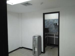 En Alquiler En Caracas - Los Rosales Código FLEX: 19-7603 No.10