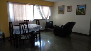 Apartamento En Venta En Caracas - El Valle Código FLEX: 19-7599 No.1