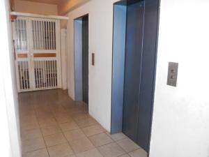 Apartamento En Venta En Caracas - Parroquia San Juan Código FLEX: 19-7705 No.2