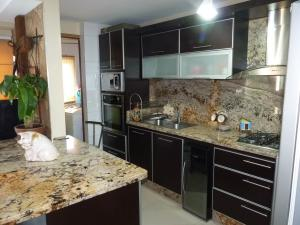 Apartamento En Venta En Maracay - Las Delicias Código FLEX: 19-7602 No.10