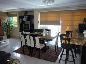 Apartamento En Venta En Maracay - Las Delicias Código FLEX: 19-7602 No.12