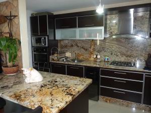 Apartamento En Venta En Maracay - Las Delicias Código FLEX: 19-7602 No.15