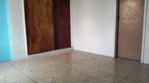 Apartamento En Venta En Maracay - Urbanizacion El Centro Código FLEX: 19-7615 No.14