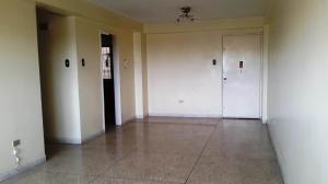 Apartamento En Venta En Maracay - Urbanizacion El Centro Código FLEX: 19-7615 No.5