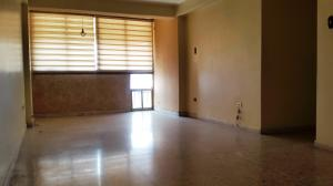 Apartamento En Venta En Maracay - Urbanizacion El Centro Código FLEX: 19-7615 No.2