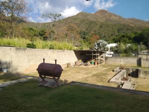 Casa En Venta En Maracay - Lomas de Palmarito Código FLEX: 19-3484 No.10