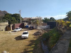 Casa En Venta En Maracay - Lomas de Palmarito Código FLEX: 19-3484 No.11