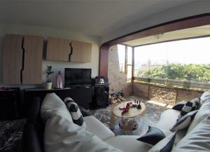 En Venta En Caracas - El Paraiso Código FLEX: 19-7708 No.6