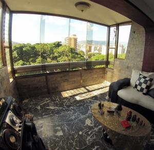 En Venta En Caracas - El Paraiso Código FLEX: 19-7708 No.8