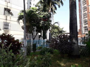 En Venta En Maracay - Avenida Ayacucho Código FLEX: 19-7711 No.15