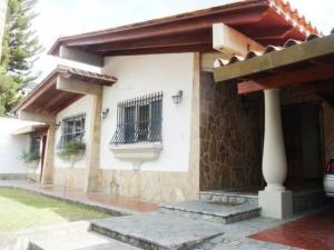 Casa En Venta En Maracay - El Castano (Zona Privada) Código FLEX: 19-7838 No.1