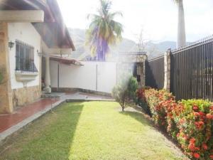 Casa En Venta En Maracay - El Castano (Zona Privada) Código FLEX: 19-7838 No.4