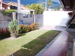 Casa En Venta En Maracay - El Castano (Zona Privada) Código FLEX: 19-7838 No.7
