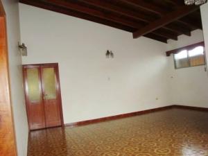 Casa En Venta En Maracay - El Castano (Zona Privada) Código FLEX: 19-7838 No.12