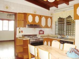 Casa En Venta En Maracay - El Castano (Zona Privada) Código FLEX: 19-7838 No.17