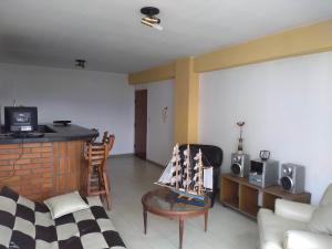Apartamento En Venta En Maracay - Urbanizacion El Centro Código FLEX: 19-7860 No.1