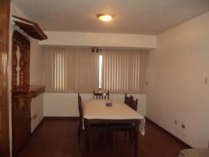 Apartamento En Venta En Maracay - Urbanizacion El Centro Código FLEX: 19-7895 No.3