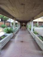Apartamento En Venta En Maracay - Urbanizacion El Centro Código FLEX: 19-7895 No.16