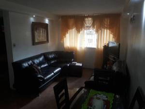Apartamento En Venta En Caracas - Los Ruices Código FLEX: 19-7908 No.1