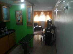 Apartamento En Venta En Caracas - Los Ruices Código FLEX: 19-7908 No.6
