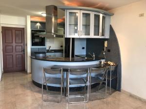 Apartamento En Venta En Maracay - La Soledad Código FLEX: 19-7928 No.2