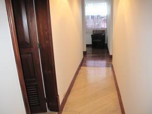 Oficina En Venta En Caracas - Los Palos Grandes Código FLEX: 19-6399 No.10