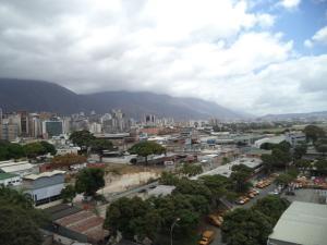 Apartamento En Venta En Caracas - El Rosal Código FLEX: 19-7988 No.8
