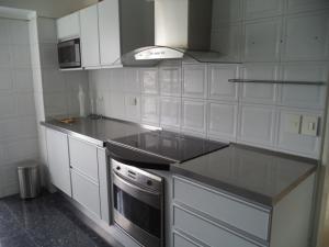 Apartamento En Venta En Caracas - El Rosal Código FLEX: 19-7988 No.17