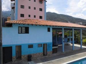 Apartamento En Alquiler En Parroquia Caraballeda - La Llanada Código FLEX: 19-7998 No.2