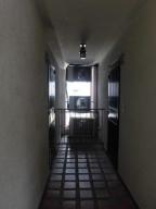 Apartamento En Alquiler En Parroquia Caraballeda - La Llanada Código FLEX: 19-7998 No.5