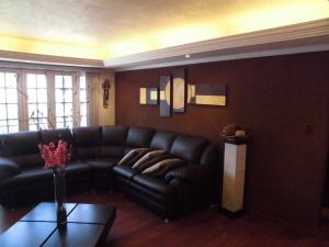 Apartamento En Alquiler En Parroquia Caraballeda - La Llanada Código FLEX: 19-7998 No.6