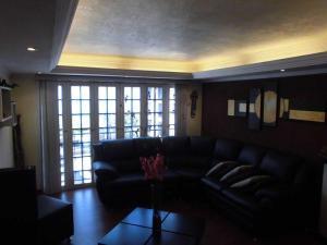 Apartamento En Alquiler En Parroquia Caraballeda - La Llanada Código FLEX: 19-7998 No.8