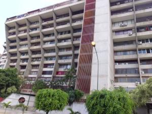 Apartamento En Venta En Caracas - Juan Pablo II Código FLEX: 19-8026 No.0