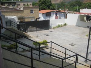 Townhouse En Venta En Maracay - El Castano (Zona Privada) Código FLEX: 19-8044 No.7