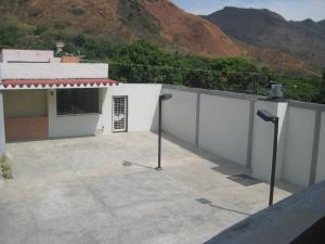 Townhouse En Venta En Maracay - El Castano (Zona Privada) Código FLEX: 19-8044 No.10
