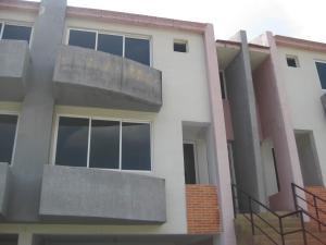 Townhouse En Venta En Maracay - El Castano (Zona Privada) Código FLEX: 19-8044 No.14