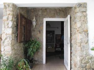 Casa En Venta En Valencia - La Vina Código FLEX: 19-8102 No.1