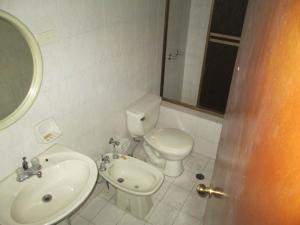 Casa En Venta En Caracas - Altamira Código FLEX: 19-9414 No.10
