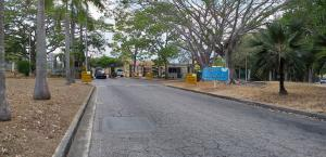Terreno En Venta En Valencia - Altos de Guataparo Código FLEX: 19-8173 No.1