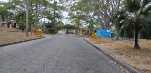 Terreno En Venta En Valencia - Altos de Guataparo Código FLEX: 19-8173 No.3