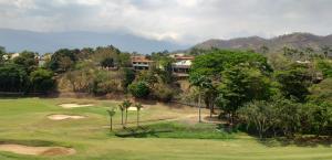 Terreno En Venta En Valencia - Altos de Guataparo Código FLEX: 19-8173 No.12
