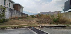 Terreno En Venta En Valencia - Altos de Guataparo Código FLEX: 19-8173 No.10