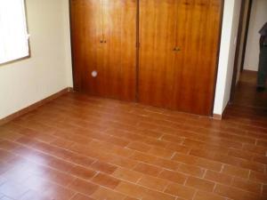 Anexo En Alquiler En Caracas - La Union Código FLEX: 19-8196 No.7