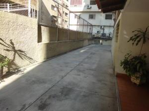 Apartamento En Venta En Caracas - Colinas de Bello Monte Código FLEX: 19-8235 No.1